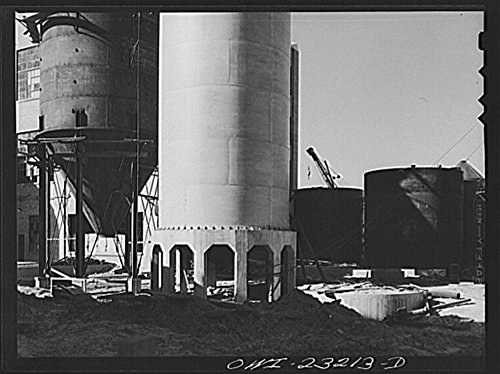 1943 Photo Lufkin, Texas. Southland paper mill. Part of the new Kraft paper mill which is under construction Location: Angelina County, Lufkin, Texas