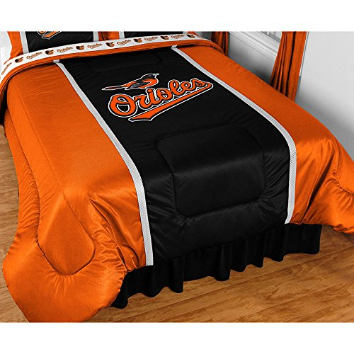 (Baltimore Orioles Sidelines Comforter in Black (Twin))