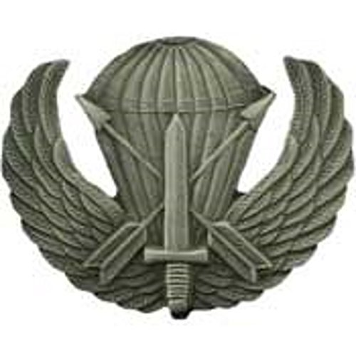 U.S. ARMY SPECIAL FORCES AIRBORNE PROTOTYPE BADGE LAPEL PIN 1 3/4