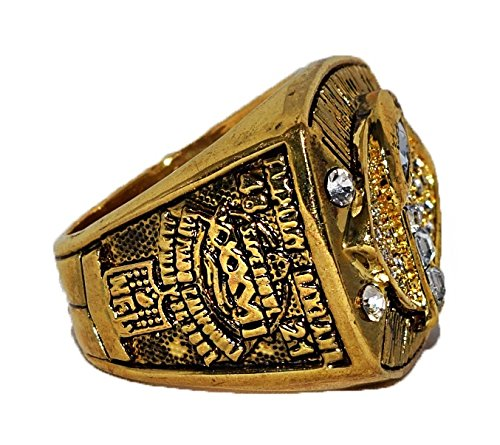 TAMPA BAY BUCCANEERS (Vincent Jackson) 2002 SUPER BOWL XXXVII WORLD CHAMPIONS Vintage Rare & Collectible High Quality Replica NFL Football Gold Championship Ring with Cherrywood Display Box