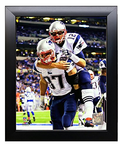 Framed New England Patriots Tom Brady And Rob GronkowskiTouchdown Celebration. 8x10 Photo. Picture. TD
