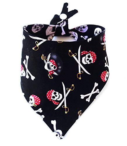 Reversible Pirate Skull CrossBones Dog Bandana Tie On Snap Closure Summer Everyday Petwear Neckwear]()