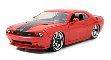 Amazon.com: Jada 2008 Dodge Challenger SRT8 Bigtime Muscle 1:24 ...