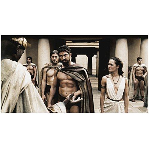 300 Gerard Butler as King Leonidas With Lena Headey as Queen Gorgo Talking to Peter Mensah as Messenger Vincent Regan as Captain in Background 8 X 10 Inch Photo -