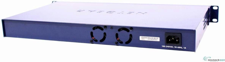 Netgear GS724T 24-Port 10//100//1000 Gigabit Switch