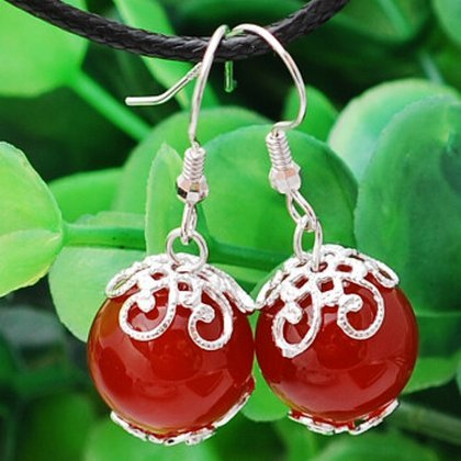 (TKHNE Brazilian onyx earrings Ms Zhen Huan Chuan same style antique jade earrings agate earrings bonus disc)
