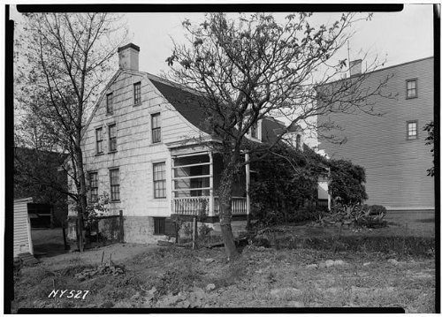 Photo: Woodward House,1891 Flushing Avenue,Maspeth,Queens County,NY - Shopping Flushing Center