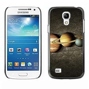 Caucho caso de Shell duro de la cubierta de accesorios de protección BY RAYDREAMMM - Samsung Galaxy S4 Mini i9190 MINI VERSION! - Saturn Rings Yellow Red Blue Planet Lineup Space