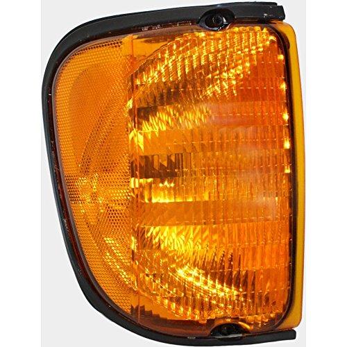 Ford E-150 Econoline Corner Light - Evan-Fischer EVA20572023146 Corner Light for Ford Econoline Van 03-07 Corner Lamp RH Lens and Housing Park/Side Marker Lamp From 12-3-02 Right Side