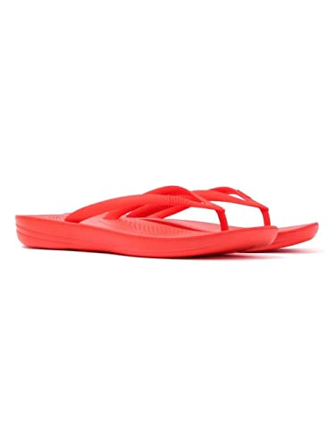 d76bf69d1 Fitflop Women s Iqushion Ergonomic Rubber Flip Flop Flame  Amazon.co ...