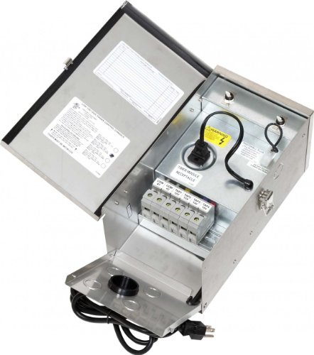 Hadco Lighting 600 Watt Stainless Steel Multi-Tap Transformer 12-15 Volts by Hadco Lighting