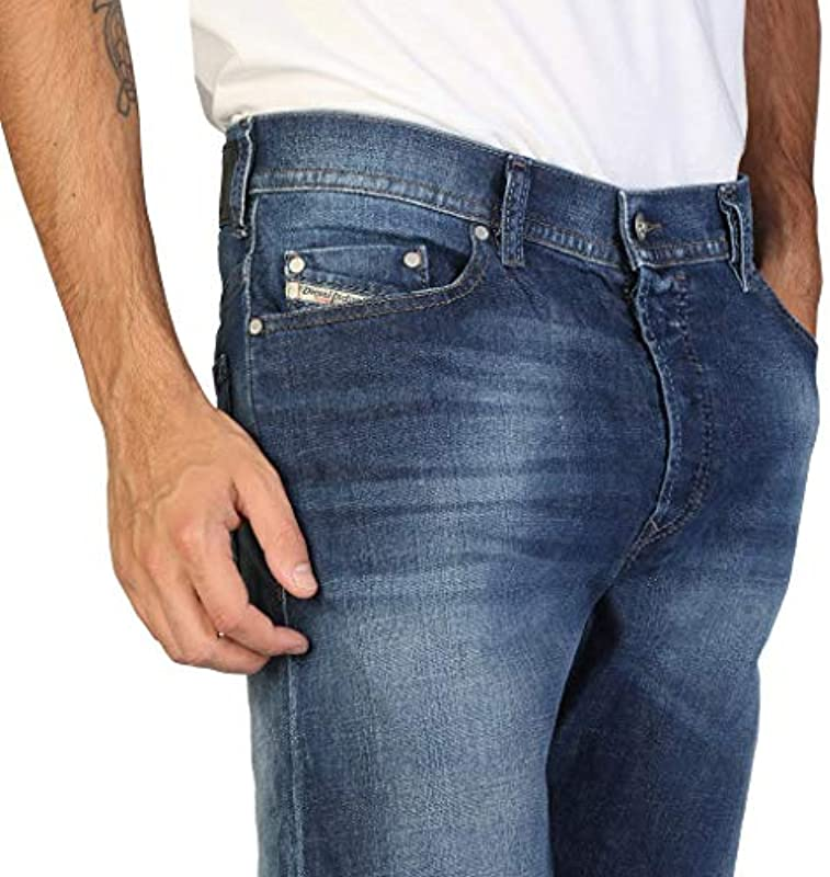 Diesel Thytan Blue - Faded-Comfort-Straight-Jeans: Odzież