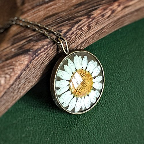 White Real Daisy Flower Necklace Sunflower Terrarium Mori Girl Botanical Woodland Real Flower Pressed Dried Flower Pendant Resin Glass