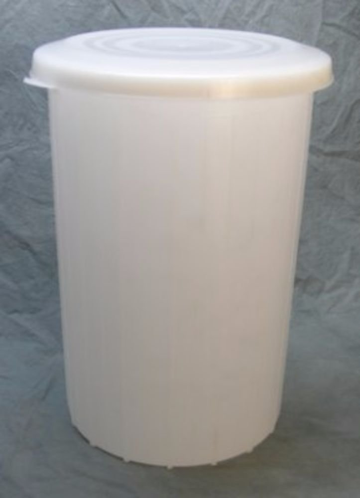 Midwest Homebrewing and Winemaking Supplies 10 gal Plastic Fermentor with Solid Lid