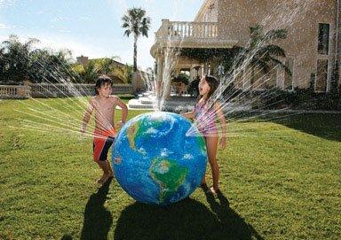 Discovery Kids Outdoor Sprinkler Globe