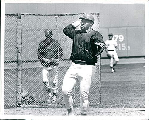 Vintage Photos Press Photo Sports George Scott Boston Red Sox Baseball Player Frank Hill 8x10 - Baseball Players Sox Boston Red