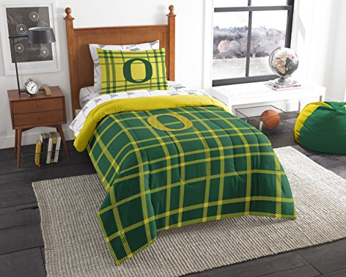 NCAA Oregon Ducks Soft & Cozy 5-Piece Twin Size Bed in a Bag (Cozy Duck)