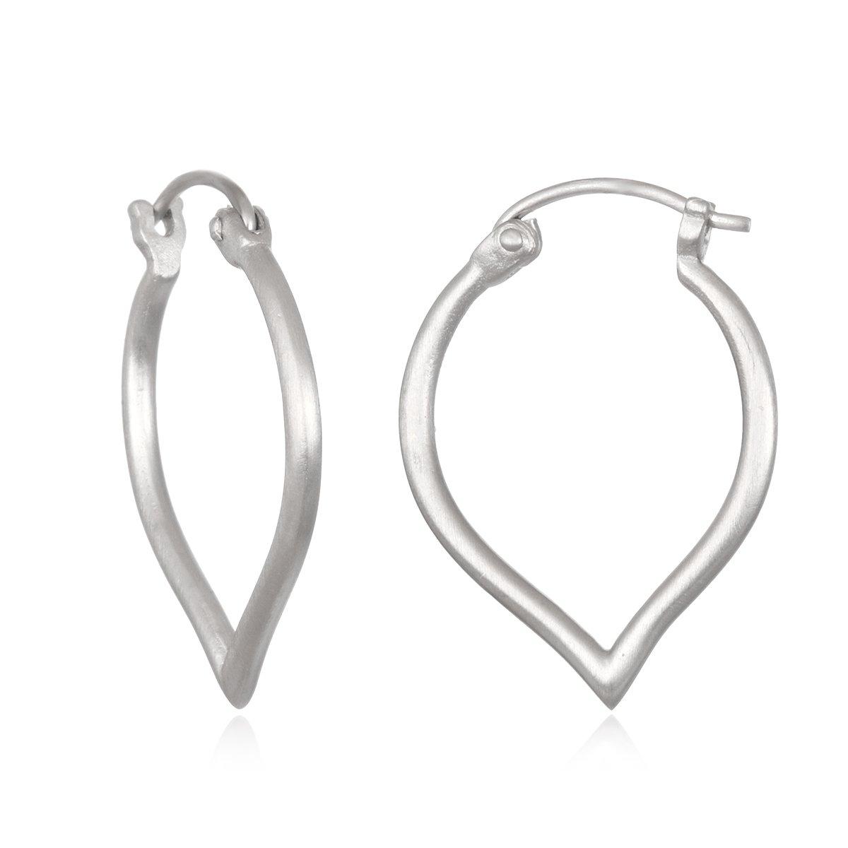 Satya Jewelry Womens Silver Heart Earrings, One Size