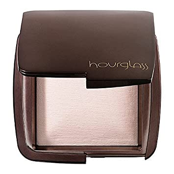 Exceptional Hourglass Ambient Lighting Powder Ethereal Light 0.35 Oz