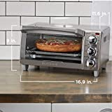 BLACK+DECKER  4-Slice Toaster Oven with Natural