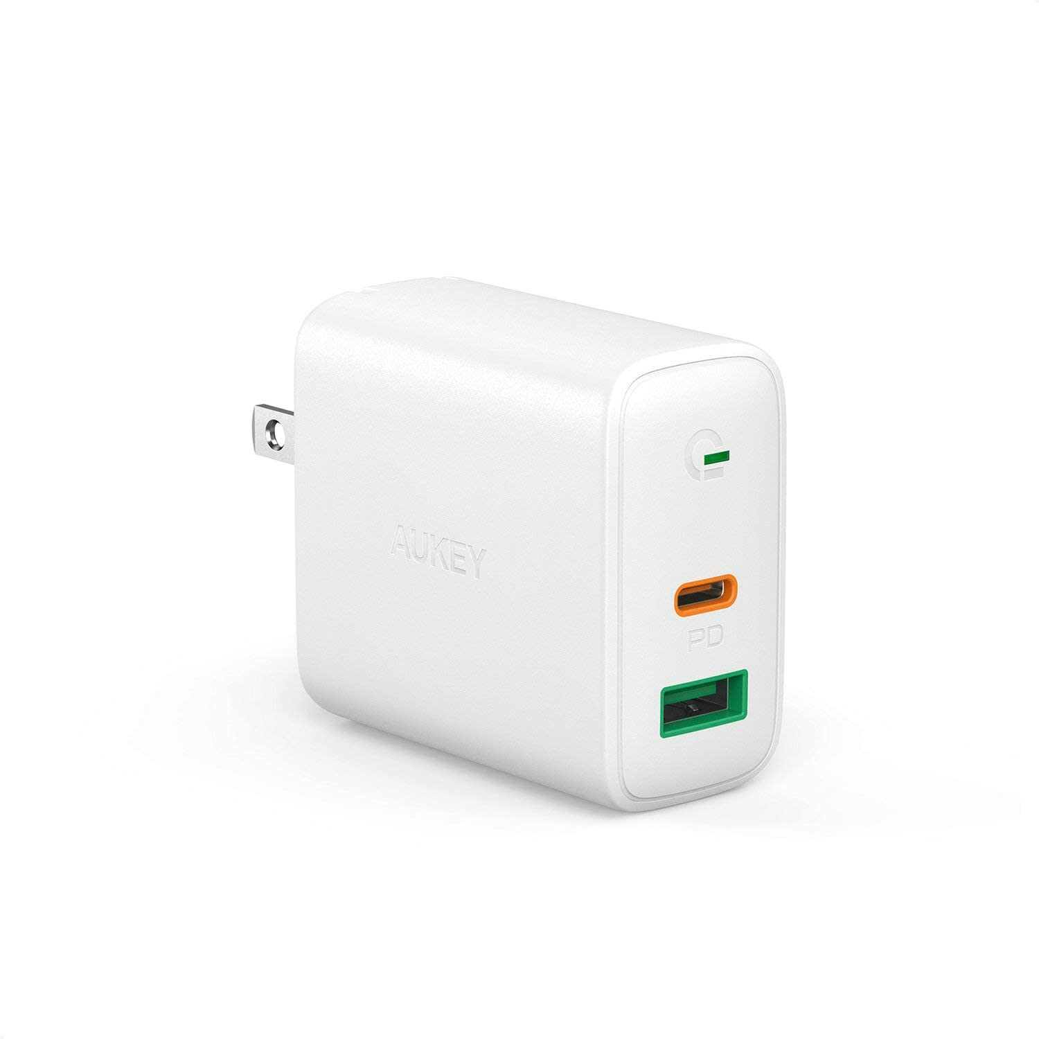USB C Wall Charger, AUKEY USB C Charger 30W, PD Wall Charger with Power Delivery & Dynamic Detect, Compatible with iPhone 11/11 Pro, MacBook, Nintendo Switch, Airpods Pro and More