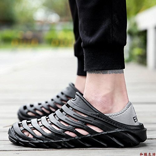 Xing Lin Flip Flop De La Playa Deportes Nuevos Hombres De La Segunda Generación De Calzado De Playa El Agujero Zapatos Zapatos De Hombre Summer Light Antideslizante Zapatillas Sandalias De Gran Tamaño Black and three generations
