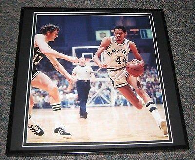 George Gervin Spurs - George Gervin Spurs vs Celtics Framed 12X12 Poster Photo