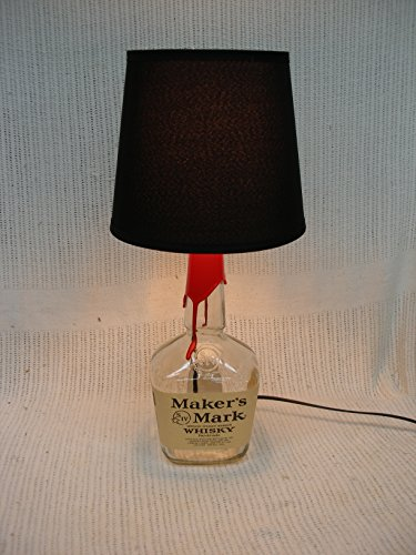 makers-mark-whisky-bottle-table-lamp