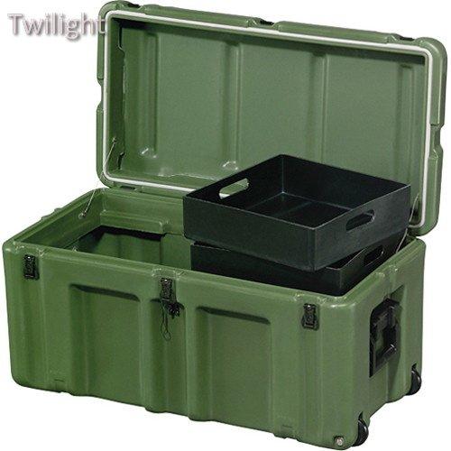 pelican-hardigg-472-ftlk-lg-footlocker-for-movable-storage-green