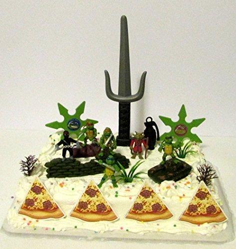 Teenage Mutant Ninja Turtles 17 Piece Birthday Cake Topper Set Featuring Sensei Splinter, Donatello, Leonardo, Raphael, Michelangelo and Themed Decorative Accessories ()