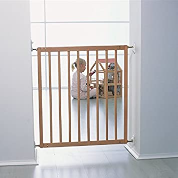 Babydan No Trip Wooden Safety Gate Beech Amazon Co Uk Baby