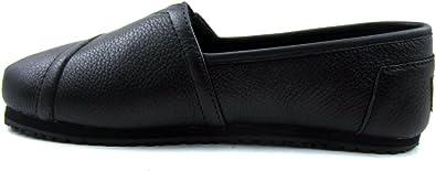 Work Women's Slip Resistant Flat Shoe