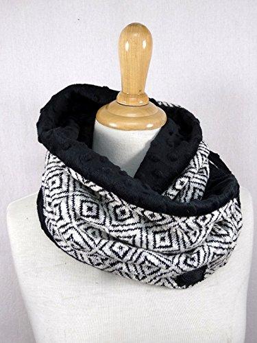 Tour de cou/ Snood doudou et tricot noir et blanc