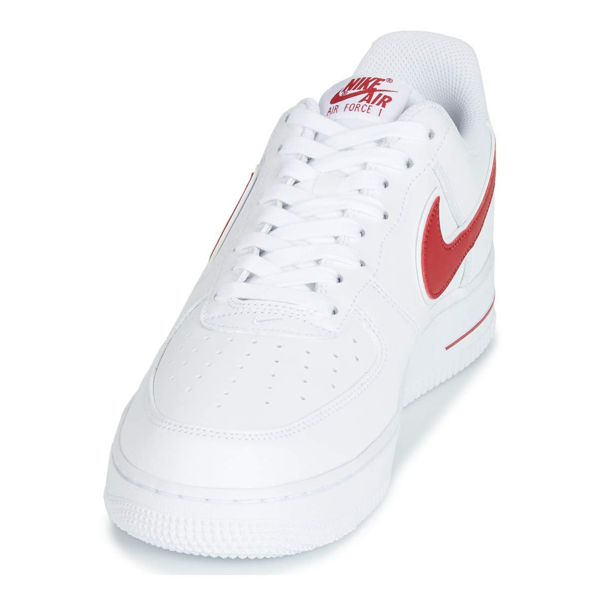 size 40 72771 24eaf Amazon.com   Nike Men s Air Force 1  07 3 Basketball Shoes White Gym Red,  Size 11   Basketball