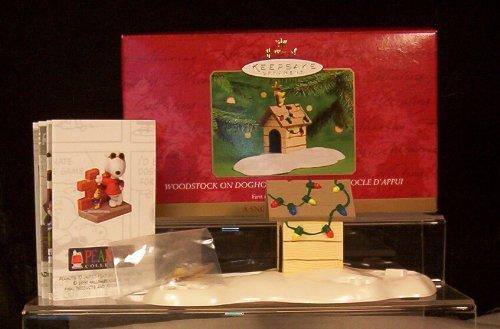 (Hallmark Keepsake Ornament Woodstock On Doghouse 1st in Snoopy Christmas Series)