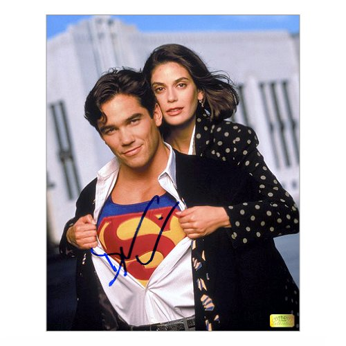 Dean Cain Autographed 8x10 The New Adventures of Superman Reveal Photo