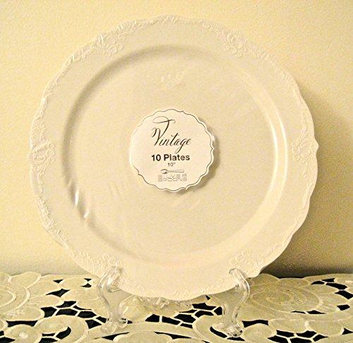 Vintage Plate Set - 4