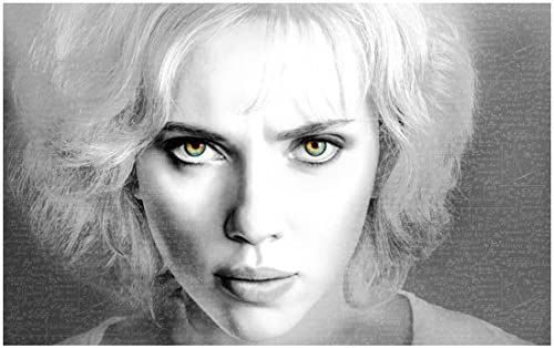 Lucy Scarlett Johansson As Lucy With Intense Eyes 8 X 10 Inch Photo At Amazon S Entertainment Collectibles Store