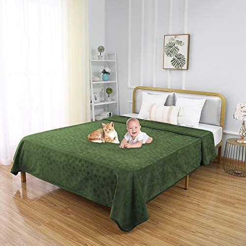 fuguitex Waterproof Dog Blanket for Bed Dog Bed Cover Starry Crystal Velvet Blanket Plush Fuzzy Cozy Pet Blanket for Dog Throw Blanket for Couch Sofa
