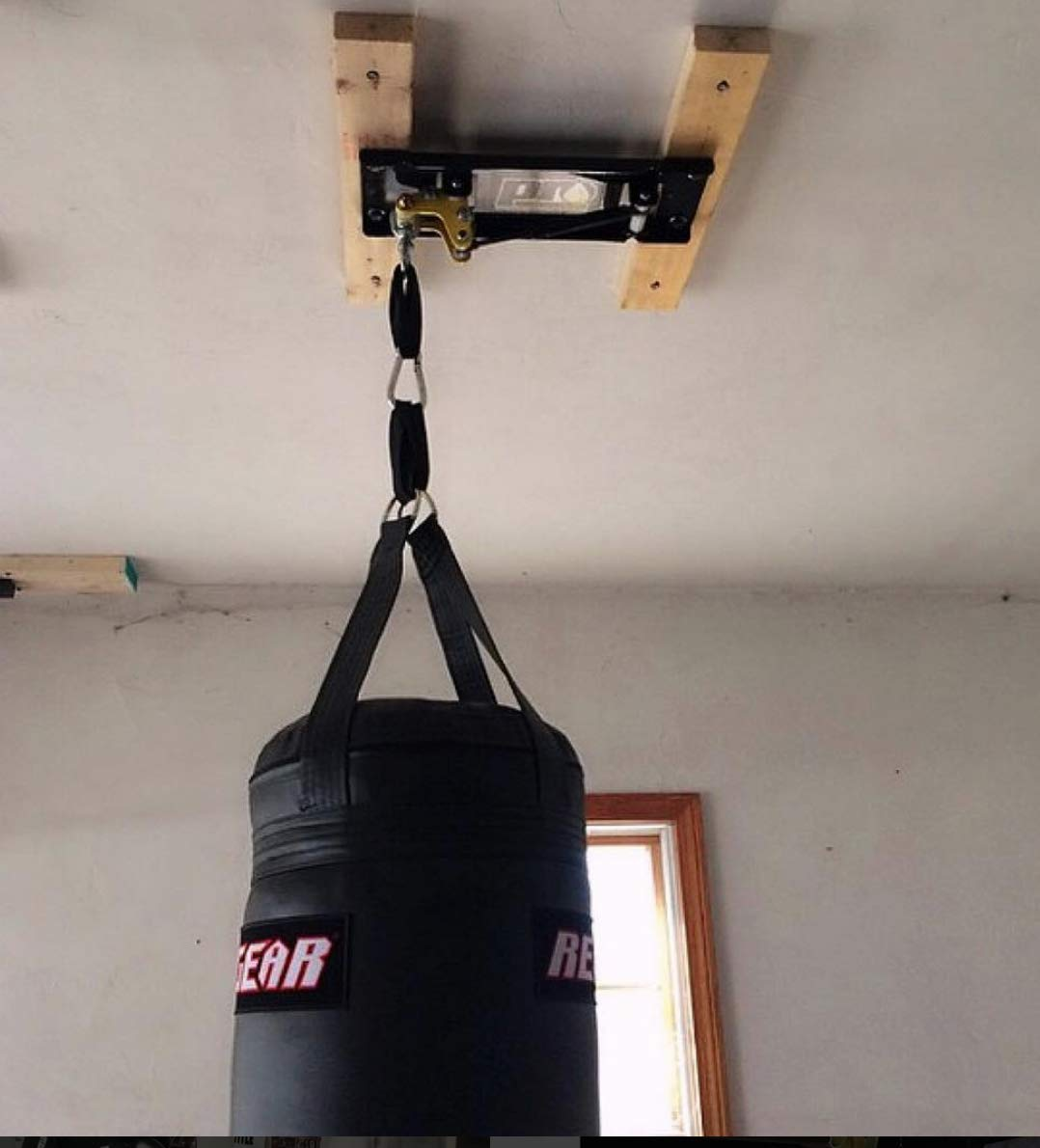 Amazon.com : PROmountings CM100 Ceiling Mount for a 100LB Heavy Bag ...