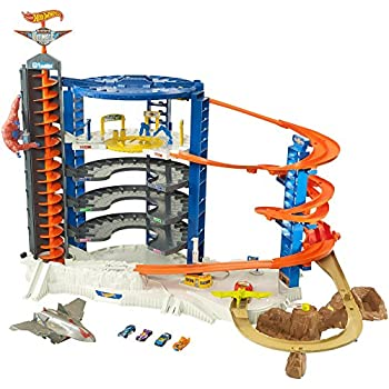 Amazon com: Hot Wheels The Super Ultimate Garage: Toys & Games