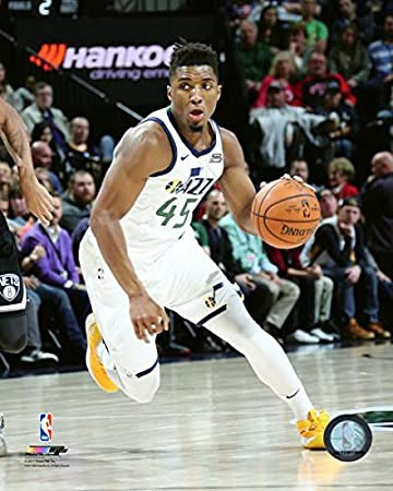 Amazon.com: Donovan Mitchell Utah Jazz NBA Action Photo (Size: 11