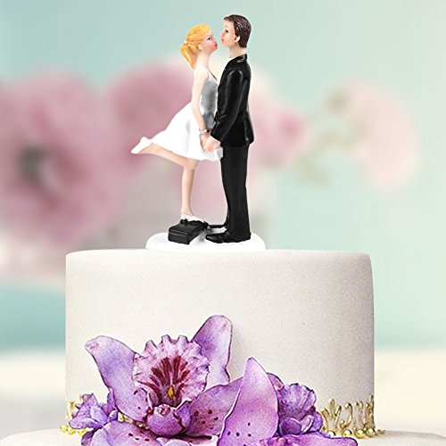 Hongyan Groom Bridal Cake Decoration,Rich in Style, with Many Forms, Characters are Really Cute,Suitable for Wedding Parties, Marriage Proposal,Station Box kiss