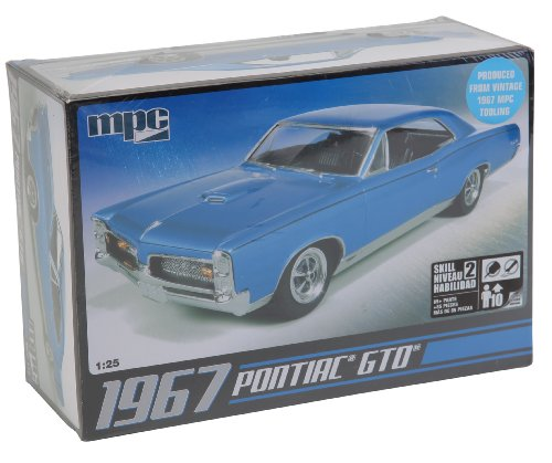 Pontiac Gto Model - C.P.M. MPC MPC710R 1:25 Scale 1967 Pontiac GTO Model Kit