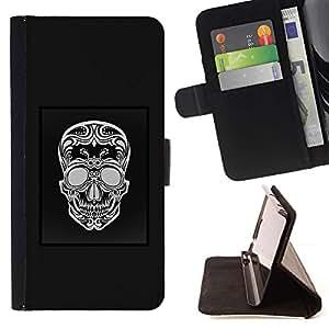 Momo Phone Case / Flip Funda de Cuero Case Cover - Cartel Gris Patrón Blanco Cráneo Negro - HTC DESIRE 816