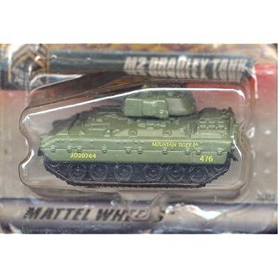 Matchbox 1999-83/100 Series 17 Military Patrol GREEN M2 Bradley Tank 1:64 Scale: Toys & Games
