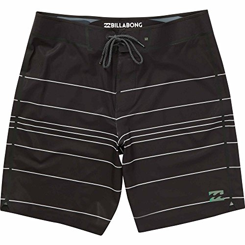 Billabong Men's Tribong X Airlite Boardshorts Black/White 32 by Billabong