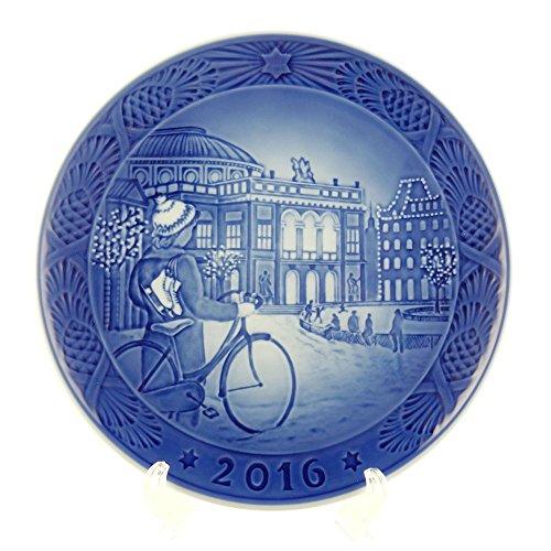 Royal Copenhagen 1016856 Christmas Plate 2016 ()
