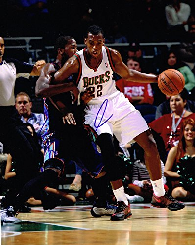 Khris Middleton Signed Photo - 8X10 COA - Autographed NBA Photos
