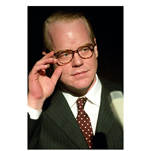 Capote Philip Seymour Hoffman (Truman Capote) Adjusting Glasses 8 x 10 Inch - Glasses Archibald
